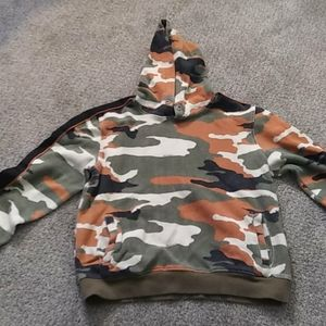 2/$15 Camo Pullover Hoodie Sz Med by Bespoke